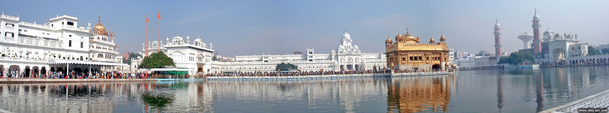 lines on golden temple